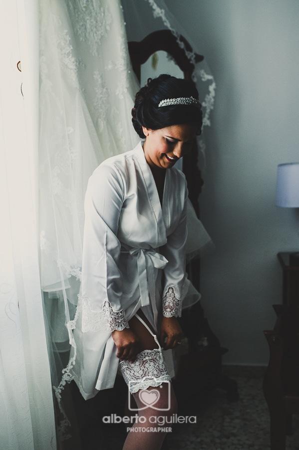 bata de novia, boda en puente genil