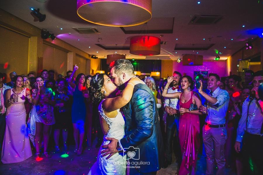 baile nupcial, boda en puente genil