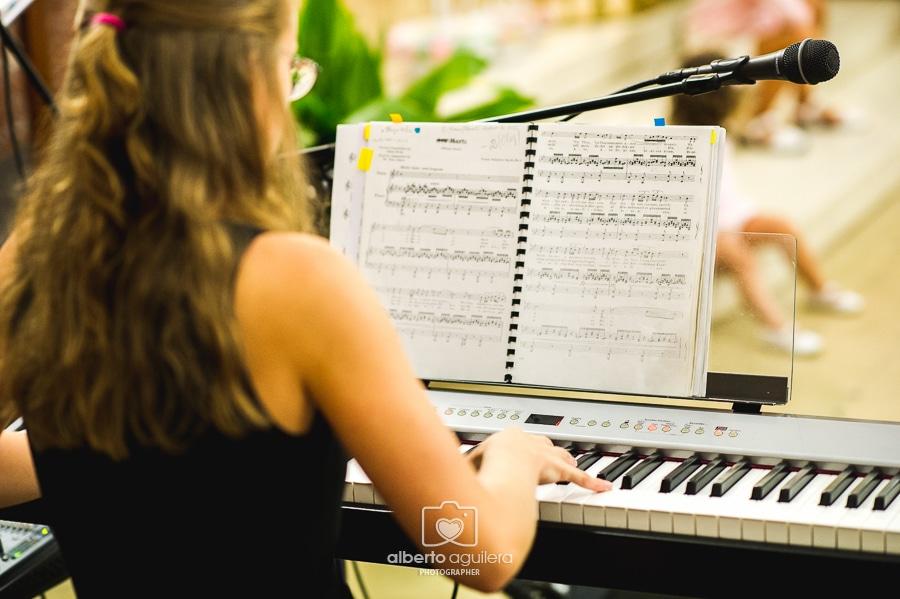 piano, boda religiosa