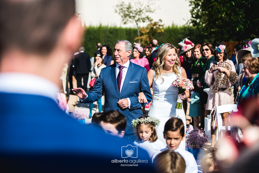 fotografo-boda-cordoba-llegada-novia-24