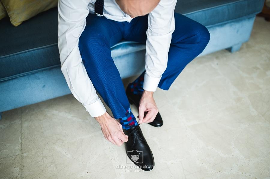 fotografo-boda-cordoba-zapatos-novio-04